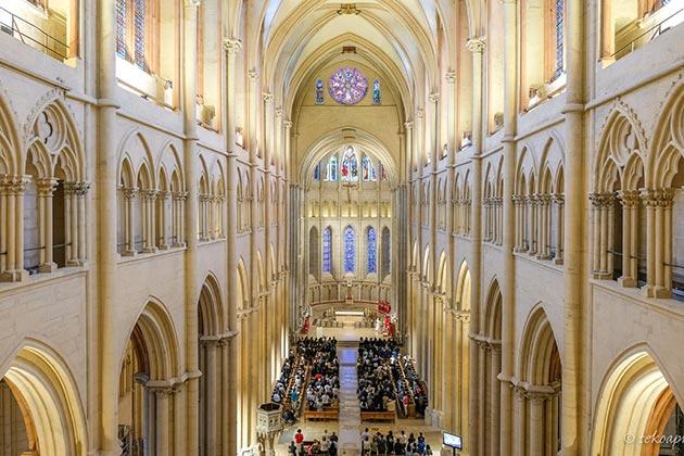 La cathédrale Saint-Jean de Lyon, intérieur rénové